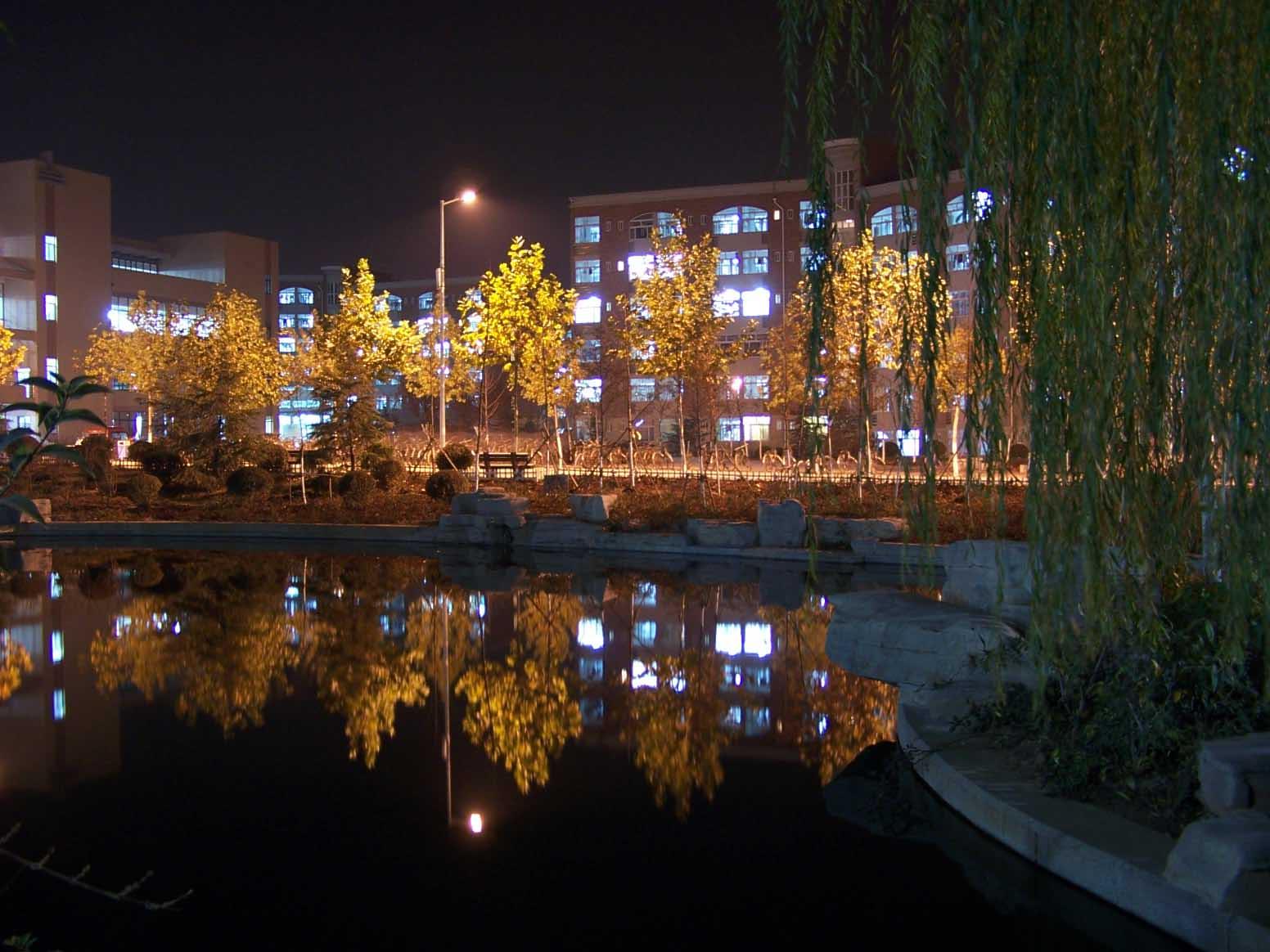 山东建筑大学校园美景