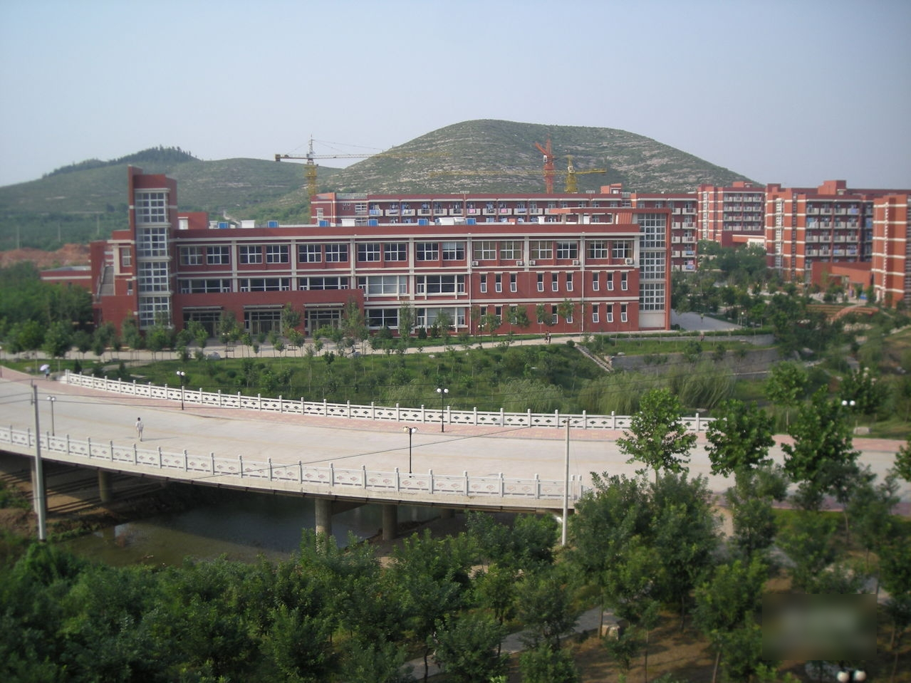 山东交通学院图片
